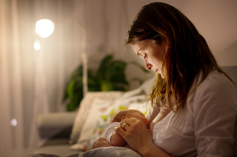 Pinky's Top 5 Tips For Easier Night Feeds